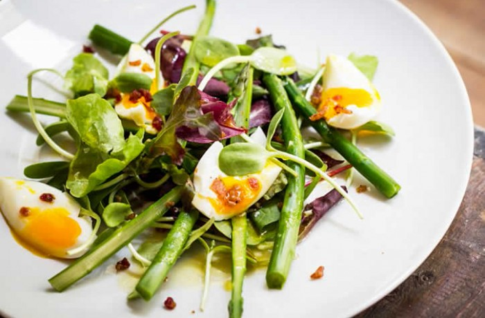 Asparagus Salad with <strong>Bacon</strong> and Eggs