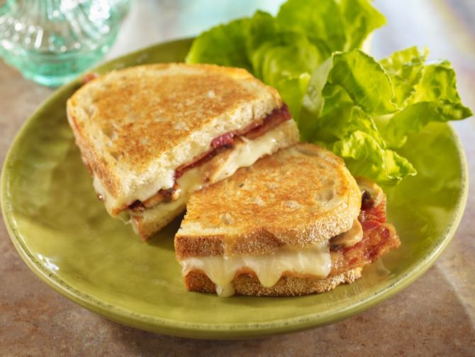 Grilled Cheese, <strong>Bacon</strong> and Mushroom Sandwich
