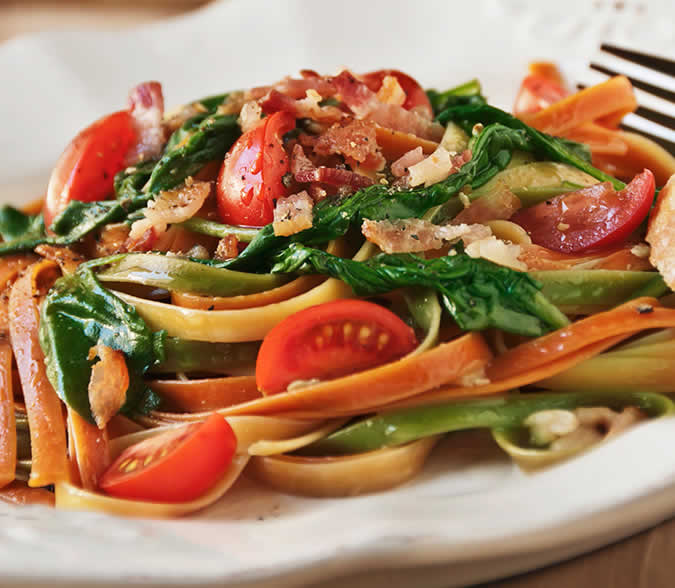Vegetable Pasta with Spinach and <strong>Bacon</strong>