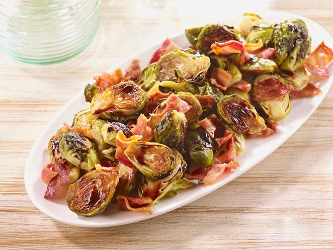 BACON BALSAMIC ROASTED BRUSSELS SPROUTS
