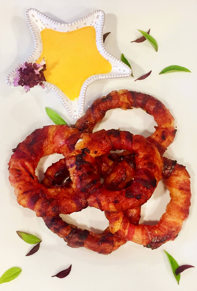 BACON-WRAPPED ONION RINGS